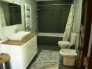 casa de banho no piso inferior